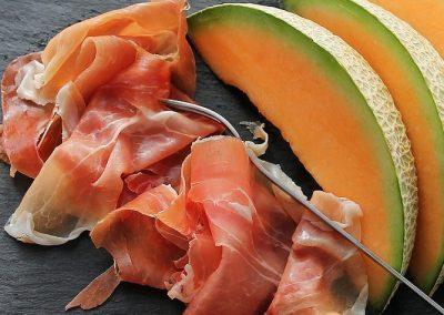 melon-625130_1280 669