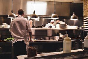 La cocina es el corazón de un restaurante o bar de tapas.